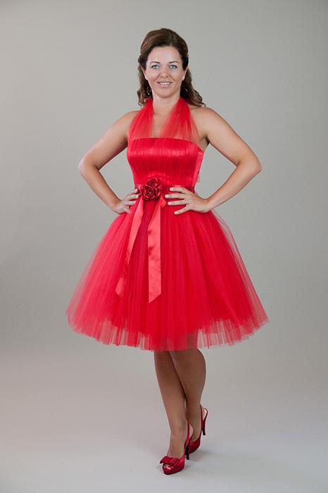 5771d1cfe7 AMICA, HALÁSZ ÉVA menyecske ruha, piros szatén-tüll anyagból – 5let