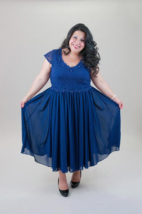 a488176938 Kék muszlin alkalmi ruha, csipke felsőrésszel – 5let